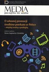 O własnej promocji środków przekazu w Polsce
