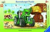 Puzzle 15 Traktor na polu