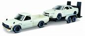 MI 32754 1973 Datsun 620 Pick Up + Nissan Skyline 1:24