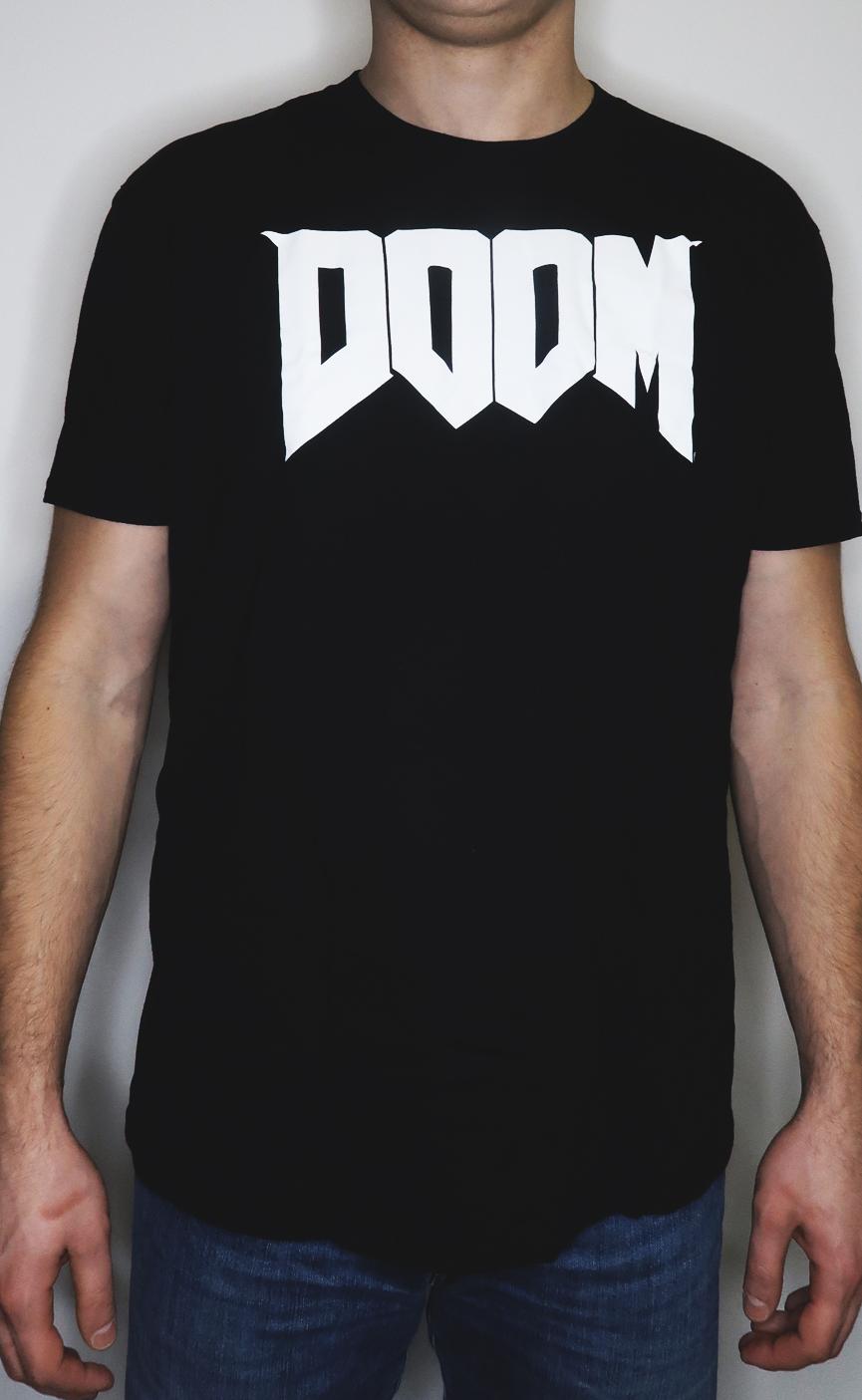 Koszulka z logo DOOM L