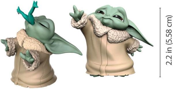 Star Wars Bounty Collection Baby Yoda - z żabą i używający mocy